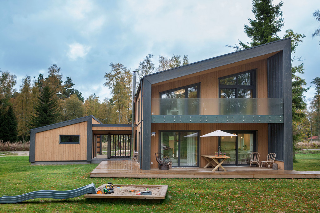 Produce building wooden building products and standard houses